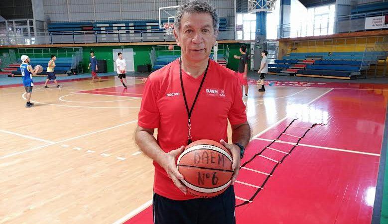 Manuel Herrera Blanco Tecnico de Basquetbol.